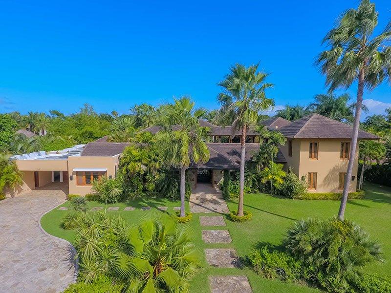 Luxury caribbean villa rental in cabarete villa moderne for Villa moderne 2016