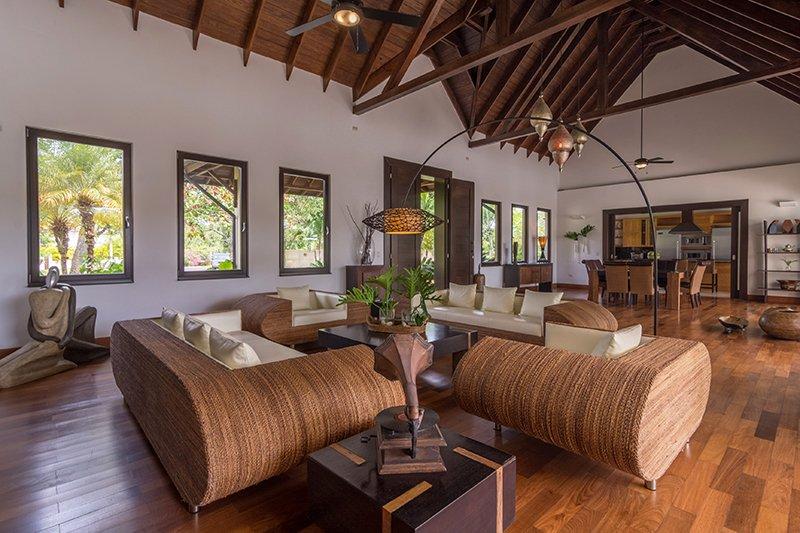 5 Bedroom Ranch Layout
