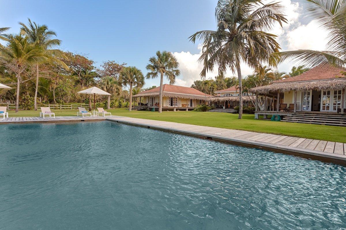 Casa La Bandera Caribbean Beachfront Villa 19
