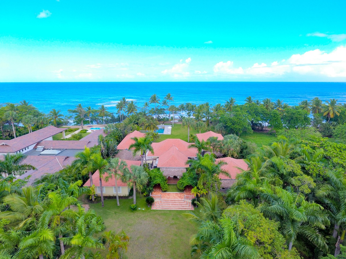 Casa La Bandera Caribbean Beachfront Villa 3
